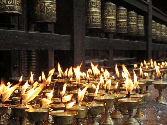 candles-1658811_640.jpg