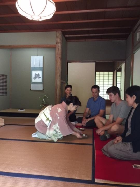海外のお客様による体験茶会