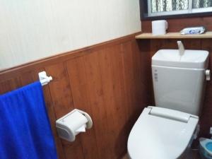 民宿たから温泉、部屋、トイレ