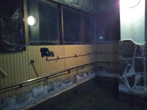 くきた別館 大浴場 露天風呂。夜。