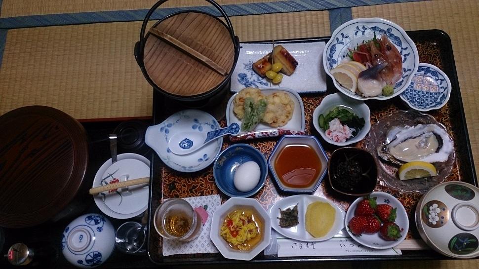 旅館いづみ荘 夕食料理1