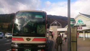 代替え輸送の急行バス盛岡行き