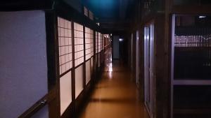 湯治屋 廊下