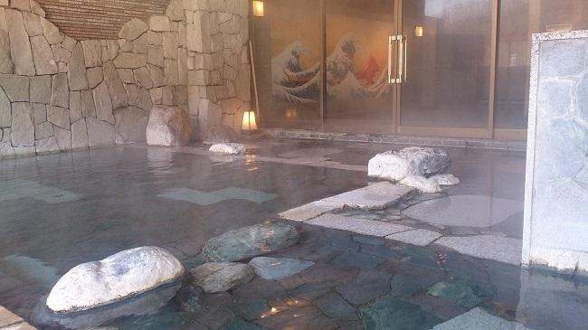 大浴場、露天風呂2
