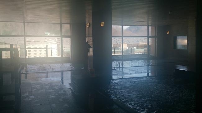大浴場、内湯と露天