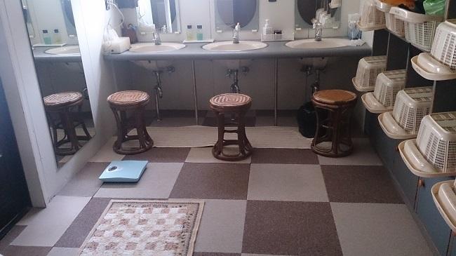 大浴場 脱衣所