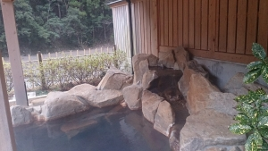 静響の宿 山水 大浴場 露天風呂 屋根付きメイン2
