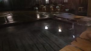 青島グランドホテル 露天風呂 夜2