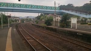 JR青島駅。