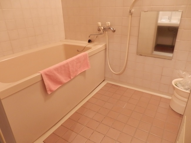 部屋 バスルーム