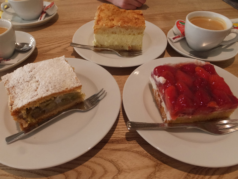 アスパラ食堂ケーキ1