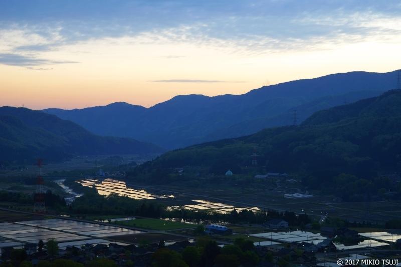 絶景探しの旅 - 0216 薄明かりの手取川扇状地の夜明け (石川県 白山市)