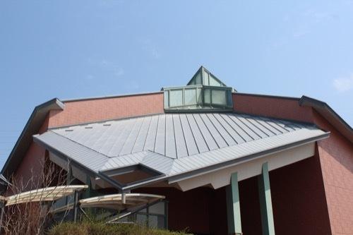 0249:田辺市立美術館 エントランス棟の屋根