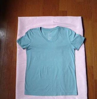 無印オーガニックコットンvネックTシャツ