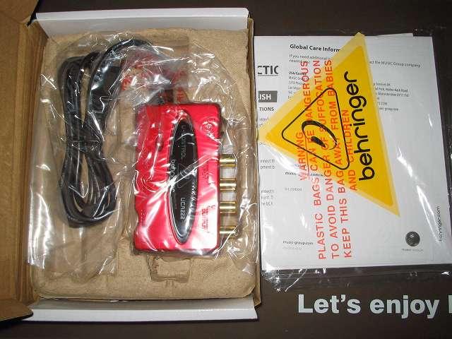 ベリンガー BEHRINGER USB オーディオインターフェイス U-CONTROL UCA222 開封