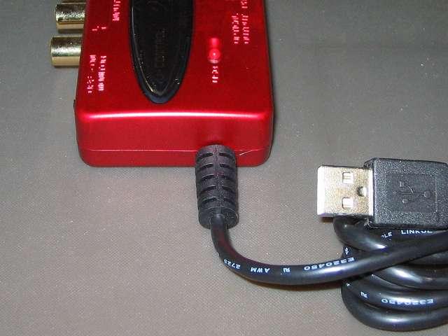 ベリンガー BEHRINGER USB オーディオインターフェイス U-CONTROL UCA222 本体 USB ケーブル側