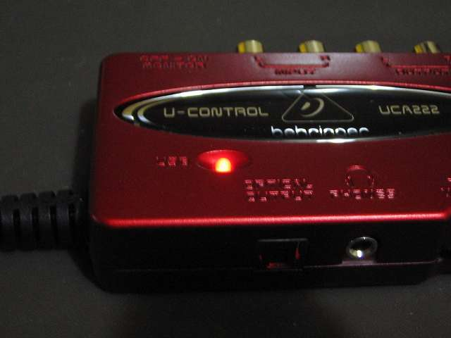 ベリンガー BEHRINGER USB オーディオインターフェイス U-CONTROL UCA222 電源 LED