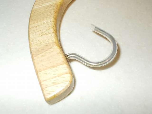 シリコンチューブ装着後、不二貿易 木製バナナツリーのフック