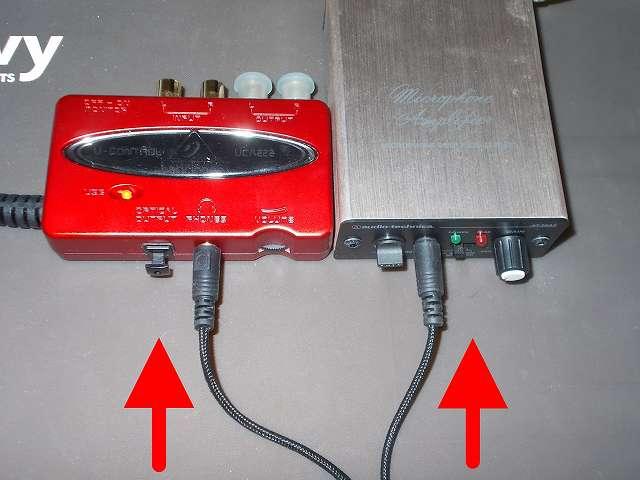 Kingston ゲーミング ヘッドセット HyperX Cloud Core KHX-HSCC-BK-FR のヘッドホン端子をベリンガー BEHRINGER USB オーディオインターフェイス U-CONTROL UCA222 に接続、マイク端子をオーディオテクニカ audio-technica マイクロフォンアンプ AT-MA2 に接続