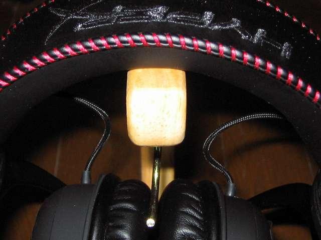 不二貿易 木製バナナツリーと Kingston ゲーミング ヘッドセット HyperX Cloud Core KHX-HSCC-BK-FR ヘッドバンドの接触部分