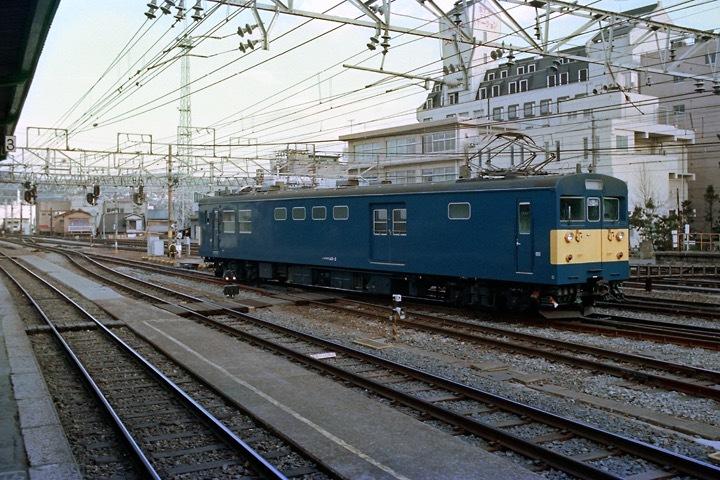 s630102_松本駅クモヤ142-2
