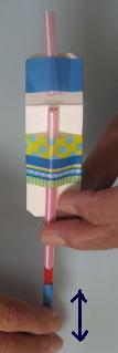 ストローのスライドホイッスル(牛乳パック利用型)できあがり