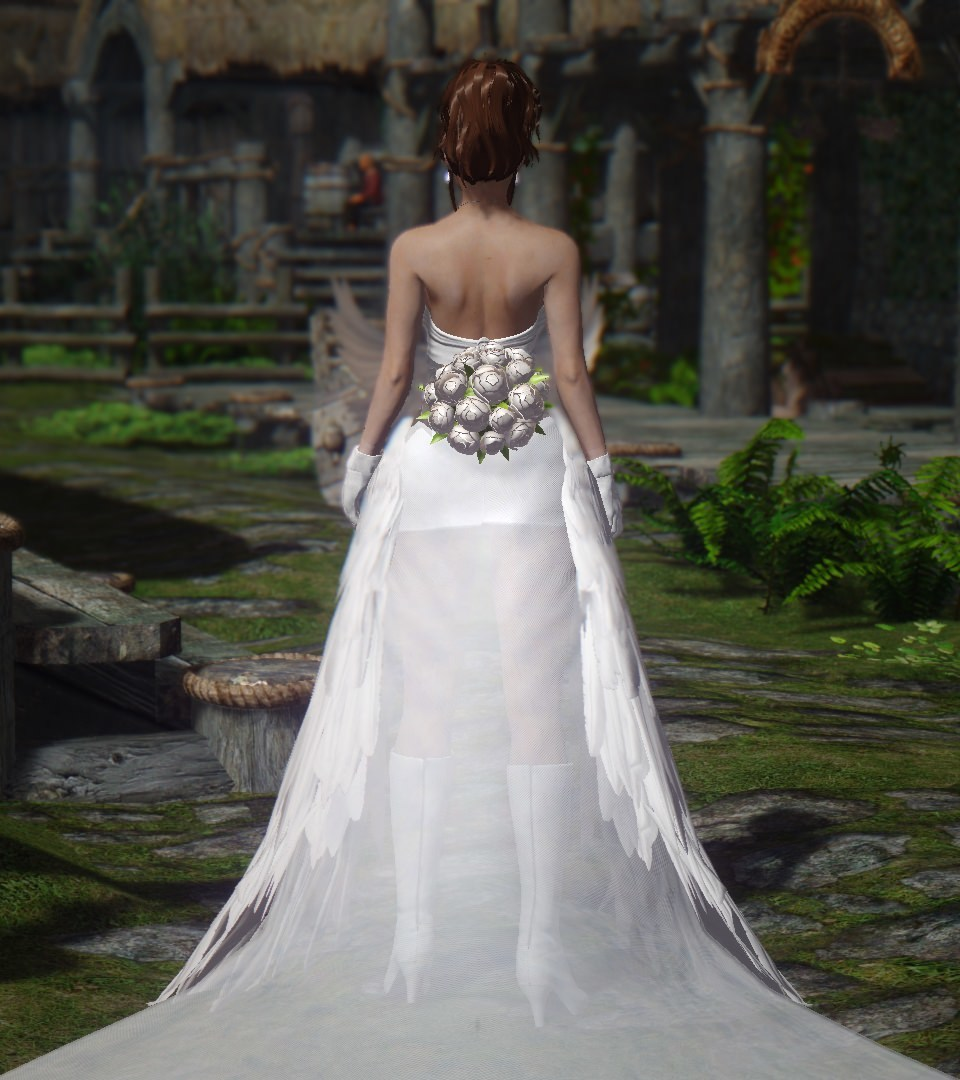 Yuna_wedding_costume_UNPB_3.jpg