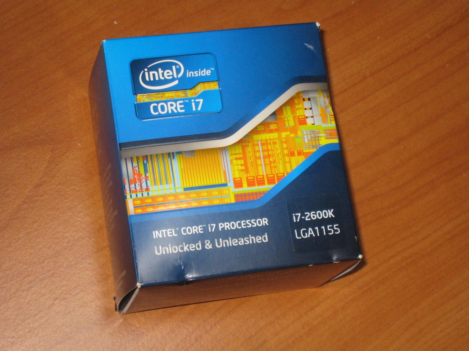 PC Core i7 箱