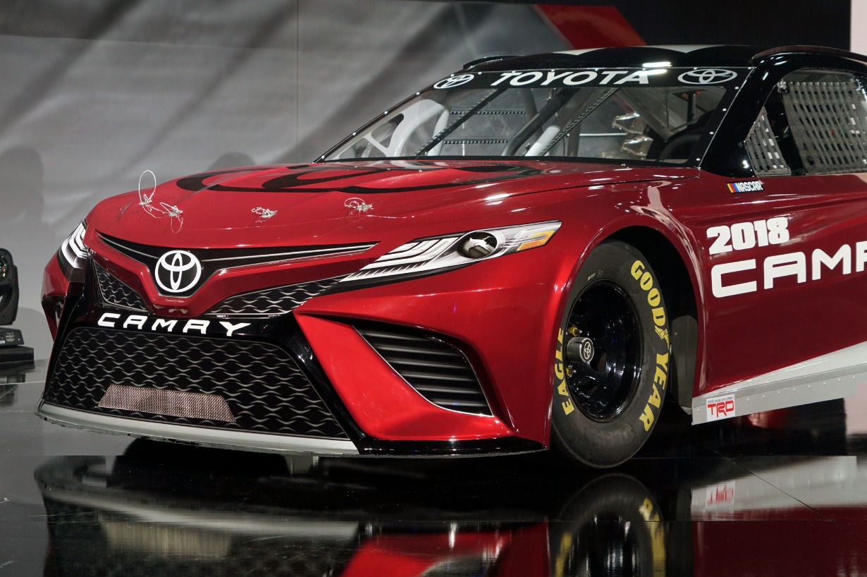 2018 camry live