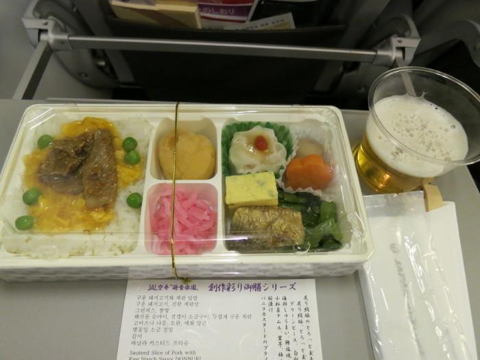 成田 釜山 機内食