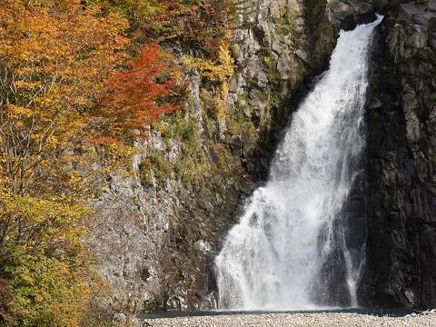 15法体の滝