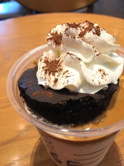 スターバックスコーヒージャパン チョコレートケーキトップフラペチーノ with コーヒーショット