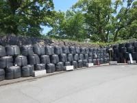 加藤清正神社のためにひとつ2トンの土嚢を積んだ