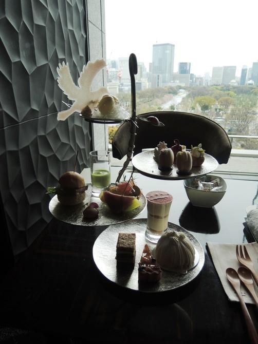 パレスホテル東京 ラウンジバー  新作プリヴェ・アフタヌーンティー 2017年4月1日よりモデルチェンジした新作アフタヌーンティーをレビュー!