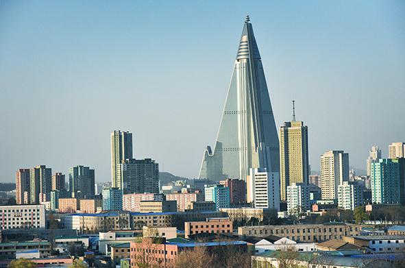 平壌日記 PYONGYANG DIARY 北朝鮮との戦争の覚悟を求める安倍政権