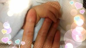 弟夫婦★新生児の手