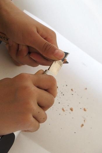 鉛筆を削る 小学生 カッター