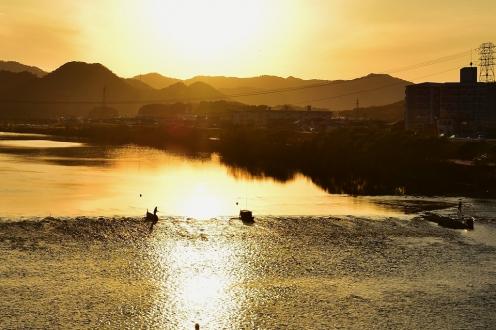 鮎釣り船 (1)