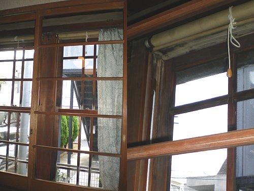 旧後藤医院・窓1