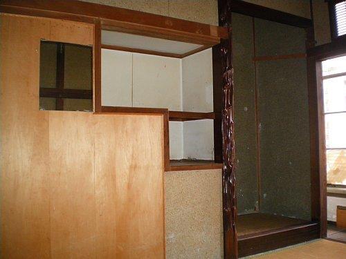 旧岡谷市役所・1F宿直室床の間