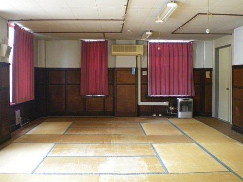 旧岡谷市役所・1F村長室