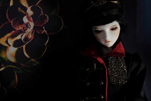『戦国奇譚妖刀伝』の森蘭丸をモデルとした、Asleep Eidolon・Evanの蘭。軍帽をかぶって、軍服の美少年に。