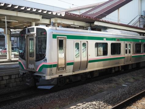 JR 東北本線 E721系 電車【福島駅】