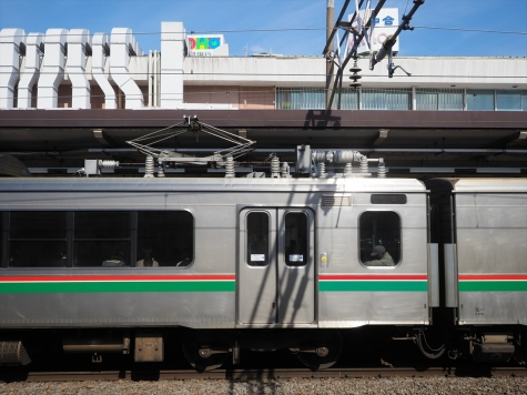 JR 東北本線 701系 電車【福島駅】