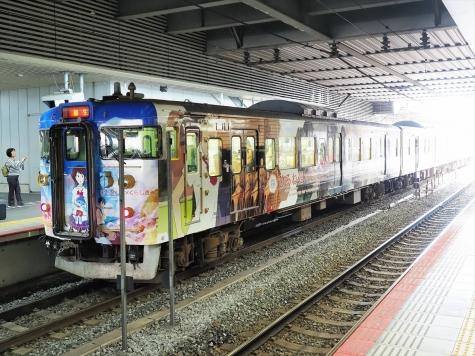 JR西日本 115系 電車 「ひるね姫×くらしきラッピングトレイン」