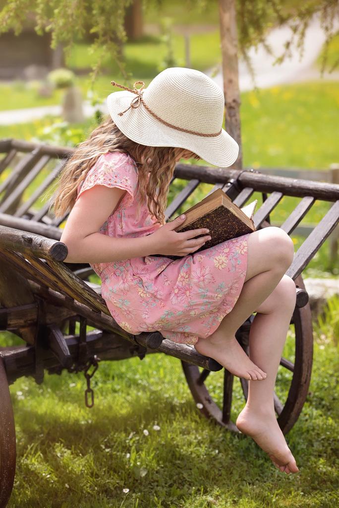 読書 女の子 1
