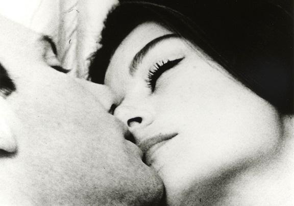 『男と女』(おとことおんな、Un homme et une femme)は、1966年制作のフランス映画。
