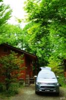 北軽井沢 スイートグラスキャンプ場 クルマの撮影スポット アウトランダーPHEV