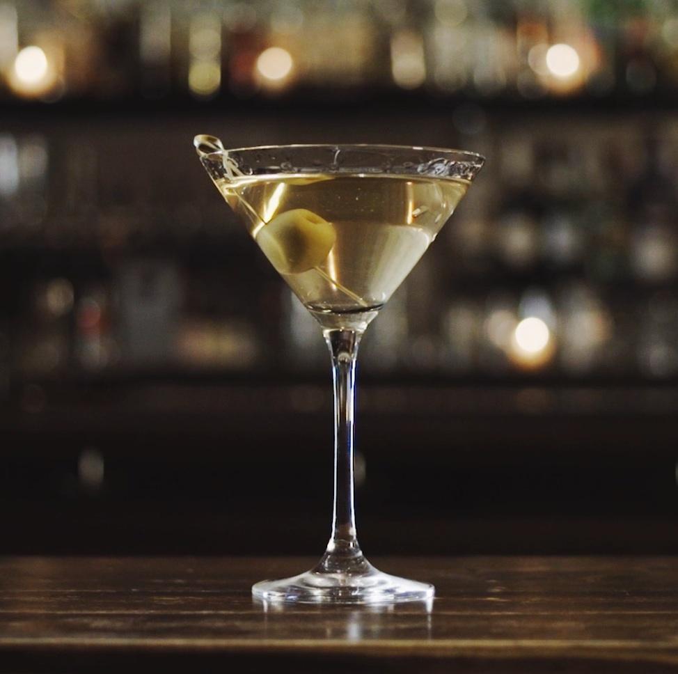Draaanks-Dirty-Martini.jpeg