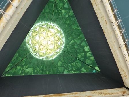 黒壁ガラス館巨大万華鏡24